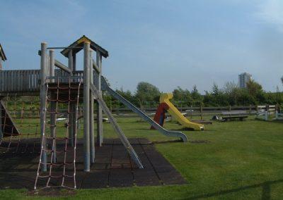 Spielplatz und Minigolf